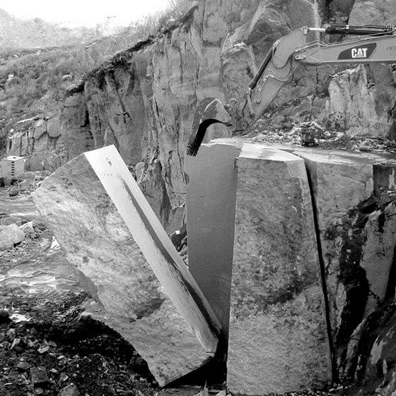 porfido-pedretti-quarry
